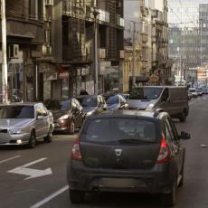 Vozite u papučama ili štiklama? Misterija je odgonetnuta: Evo kolika je kazna ukoliko to radite u Srbiji!