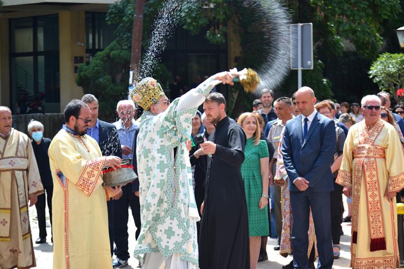 Vranje u znaku gradske slave: Litije prošle centrom grada FOTO