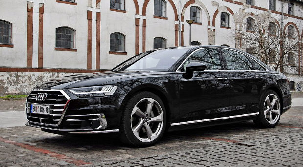 Vrele Gume test: Audi A8 50 TDI quattro