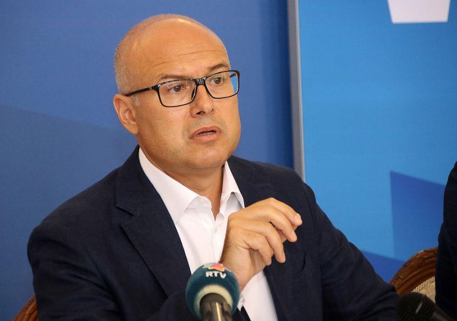 Vučević: Nova kovid bolnica u Novom Sadu do septembra