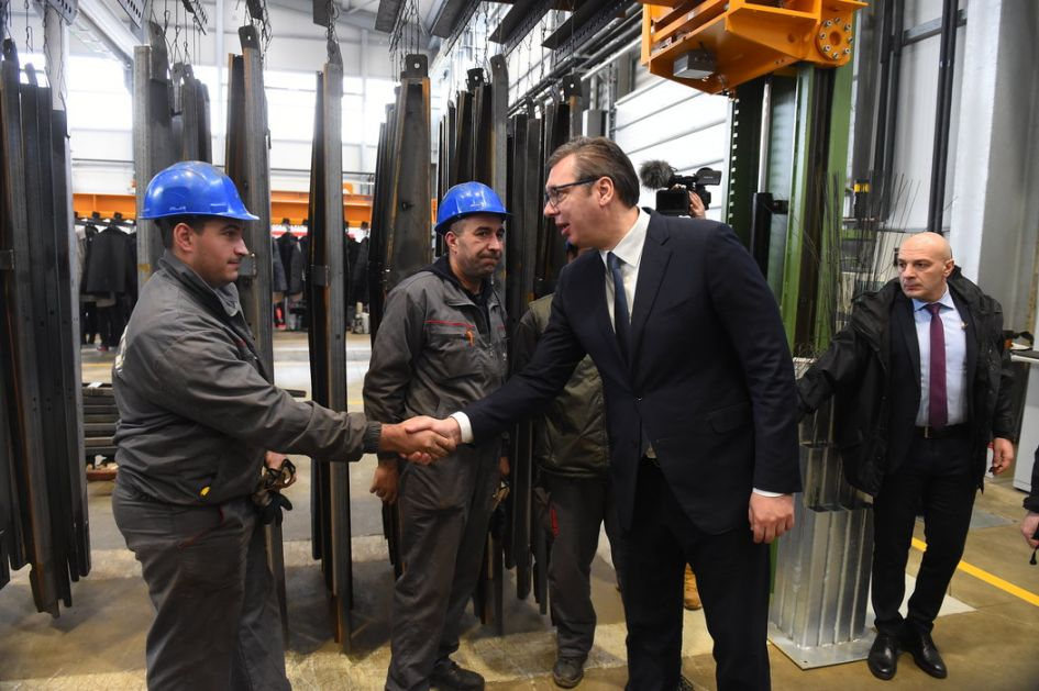 Vučić: Da li je živ ministar?