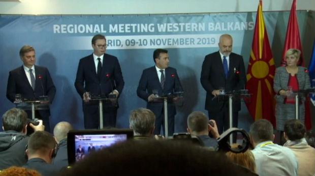 Vučić: Do kraja godine u Severnu Makedoniju i Albaniju bez pasoša