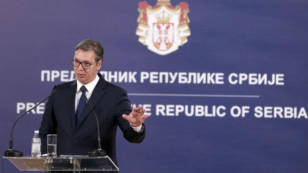 Vučić: Ne očekujem laku jesen, ni jednostavnu zimu po pitanju KiM