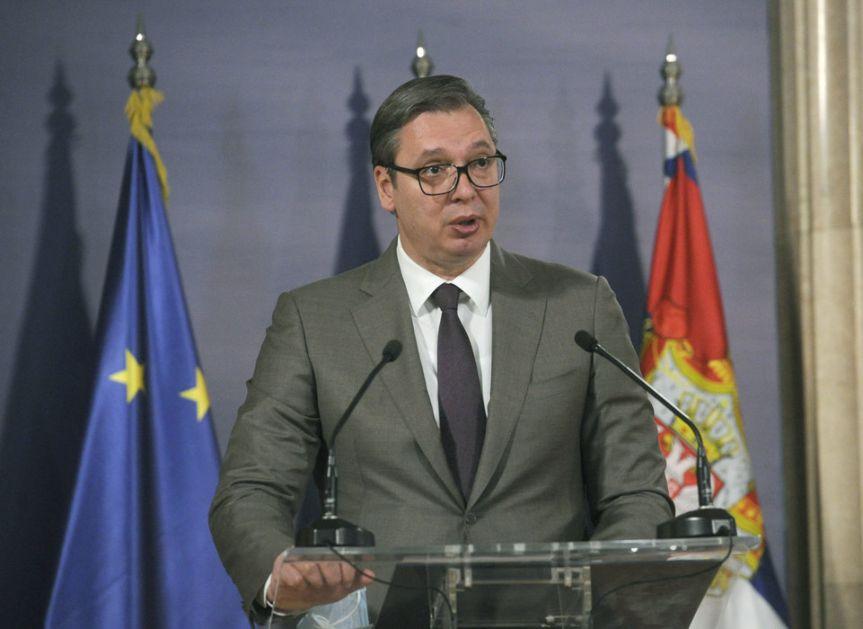 Vučić: Pred Samit sam uneo jedan amandman i to je sada pakao za njih; Tajkuni uložili 1,3 milijardi evra da me sruše