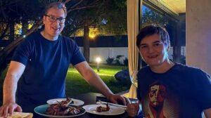 Vučić: Prvi put kod Ane na večeri, krilca su super
