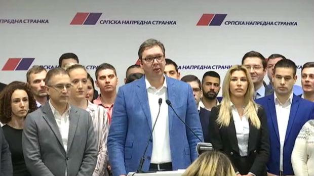 Vučić: SNS odneo ubedljivu pobedu u četiri opštine