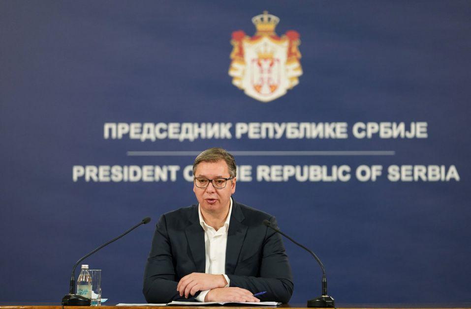 Vučić: Siguran sam u pobedu nad koronom, ponosan na Batajnicu