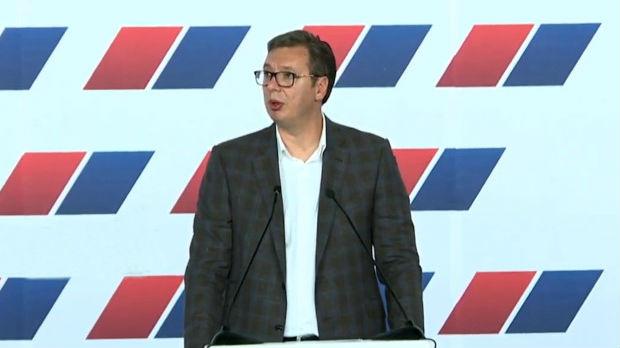 Vučić: Spremni smo za promene, pokazaćemo da nismo srasli za fotelje