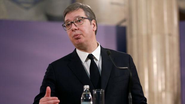 Vučić: Tu smo za dijalog, ali mi niko neće naređivati rešenje