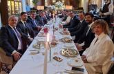 Vučić: U divnom ambijentu o budućim Štadlerovim investicijama u Srbiji FOTO