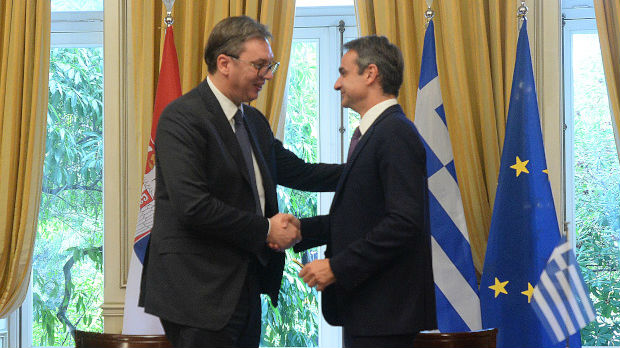 Vučić: Zadatak Srbije da čuva leđa Grčkoj