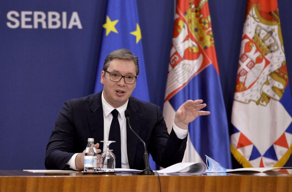 Vučić: Pomoć za građane Kosova i Metohije - nezaposlenima 200, deci po 100 evra