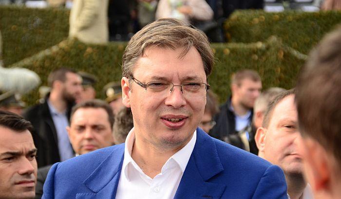 Vučić najavio smene u javnim preduzećima