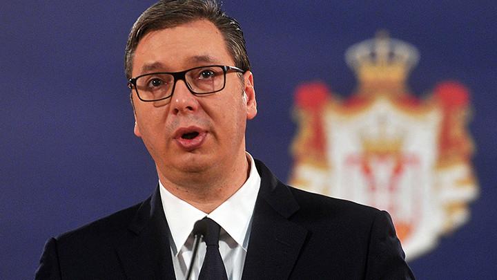 Vučić najavio velike kadrovske promene u SNS i vladi