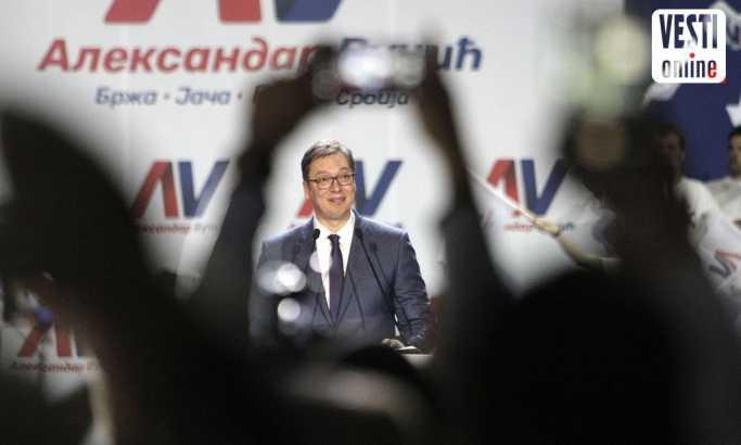 Vučić o povećanju penzija