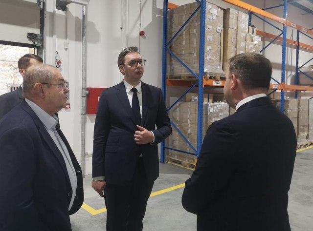 Vučić obišao Podrum Palić: Srpska vinarska industrija napreduje koracima od sedam milja