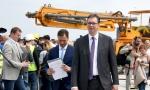 Vučić obišao radove na Beogradu na vodi: Useljenje u kule u aprilu