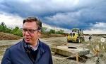Vučić obišao radove na izgradnji petlje Batajnica