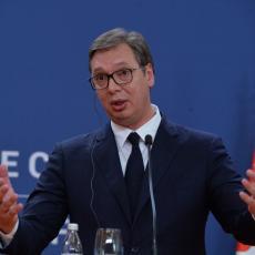 Vučić otkrio o čemu je pričao sa Makronom: Zamolio sam ga za pomoć na EU putu i za rešavanje krize na KiM (VIDEO)