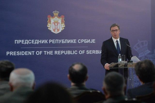 Vučić pokazao dokumente - oružje prodato Poljacima