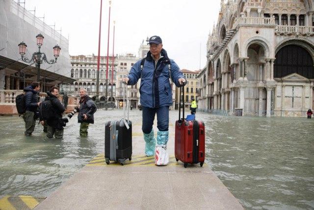 Vučić ponudio pomoć potopljenoj Veneciji