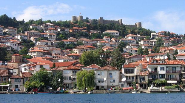 Vučić posle podne u Ohridu, s liderima regiona o malom Šengenu