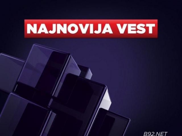 Vučić proglasio pobedu lista pod svojim imenom