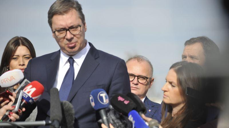 Vučić pušten kući posle lečenja na VMA