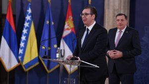 Vučić razgovarao s Dodikom: Nasušna potreba srpskog naroda je očuvanje mira