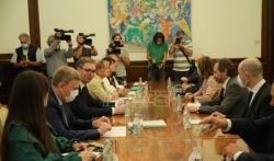 Vučić razgovarao sa posrednicima iz EP o medjustranačkom dijalogu