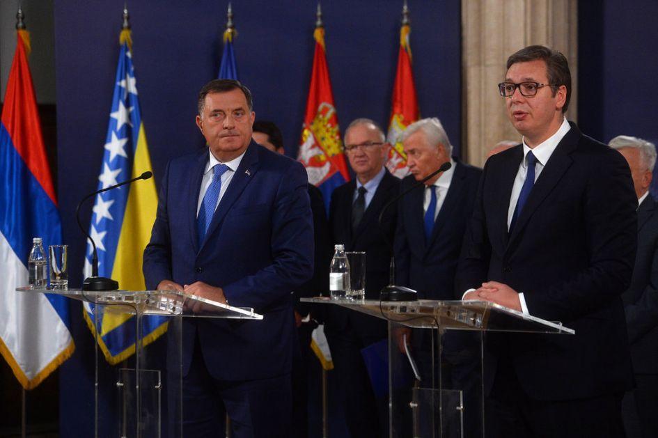 Vučić sa Dodikom: Nema menjanja Dejtona bez saglasnosti svih, očuvanje mira nasušna potreba srpskog naroda