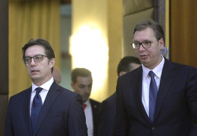 Vučić sa Pahorom i Pendarovskim na Regionalnom forumu mladih lidera VIDEO