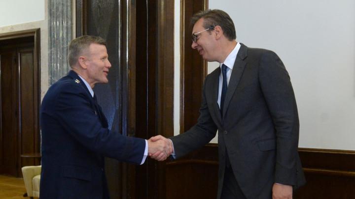 Vučić savrhovnim komandantom NATO snaga za Evropu: Međunarodne mirovne snage na KiM pod vođstvom NATO garant bezbednosti srpskog naroda na KiM!