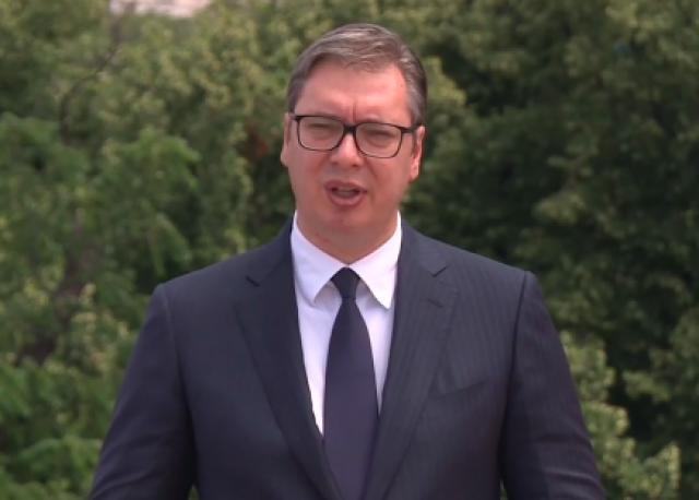 Vučić se obratio Srbima u Crnoj Gori VIDEO