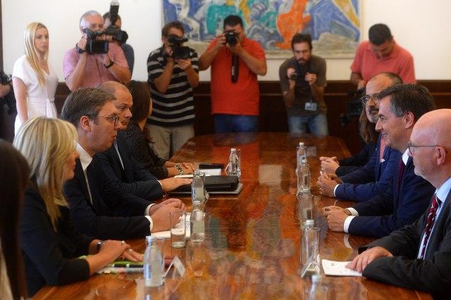 Vučić se sastao sa Makalisterom VIDEO