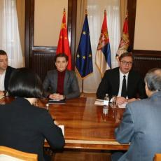 Vučić se sastao sa kineskim ambasadorom: Tema - situacija na Kosovu