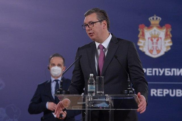 Vučić sutra otvara fabriku; Ljudi više neće ići trbuhom za kruhom u Beograd