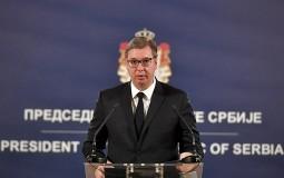 Vučić uručio odlikovanja pojedincima i institucijama za doprinos suzbijanju epidemije