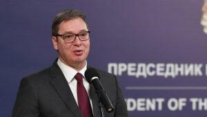 Vučić uručio odlikovanja porodicama posthumno odlikovanih medicinskih radnika