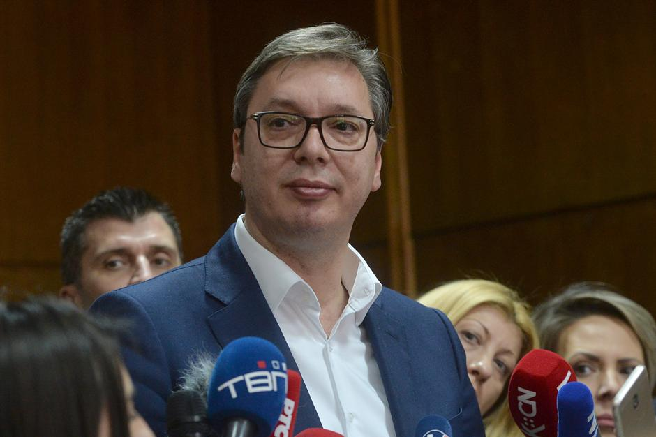 Vučić za Fajnenšel tajms: Neka opozicija traži izbore