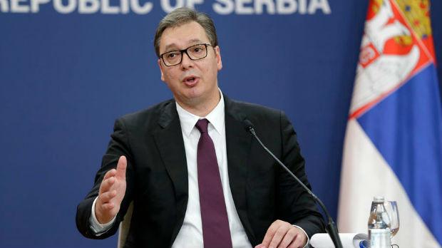 Vučić za Fajnenšel tajms: Niko neće štrajkovati glađu ispred EU