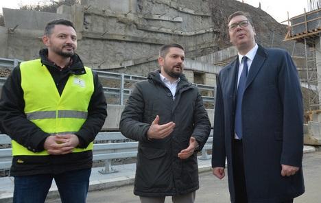 Vučićeva kampanja kao mentalna reakcija na proteste