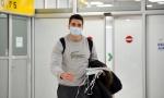 Vuk Vujsić stigao u Srbiju iz Vuhana: Pet dana putovao do Beograda, preplašeni roditelji ga sačekali na aerodromu (FOTO)