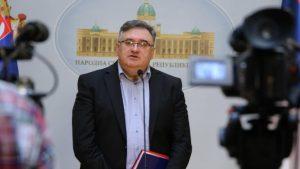Vukadinović: Stranci nas privode dijalogu držeći nas za uši kao dečicu
