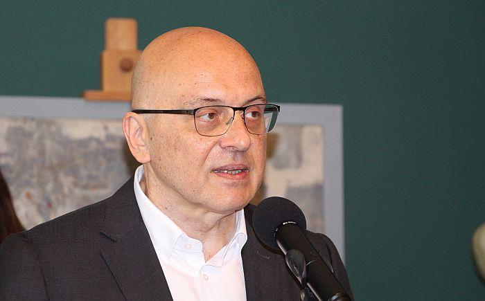 Vukosavljević: Usvajanju odluke o ćirilici prethodiće javna rasprava