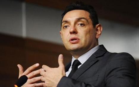 Vulin: Razgovara se o tome da odbrambena industrija Srbije uđe u vlasničku strukturu u RS