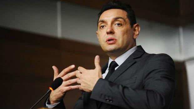 Vulin: Srbija će ostati neutralna dok je vodi Vučić