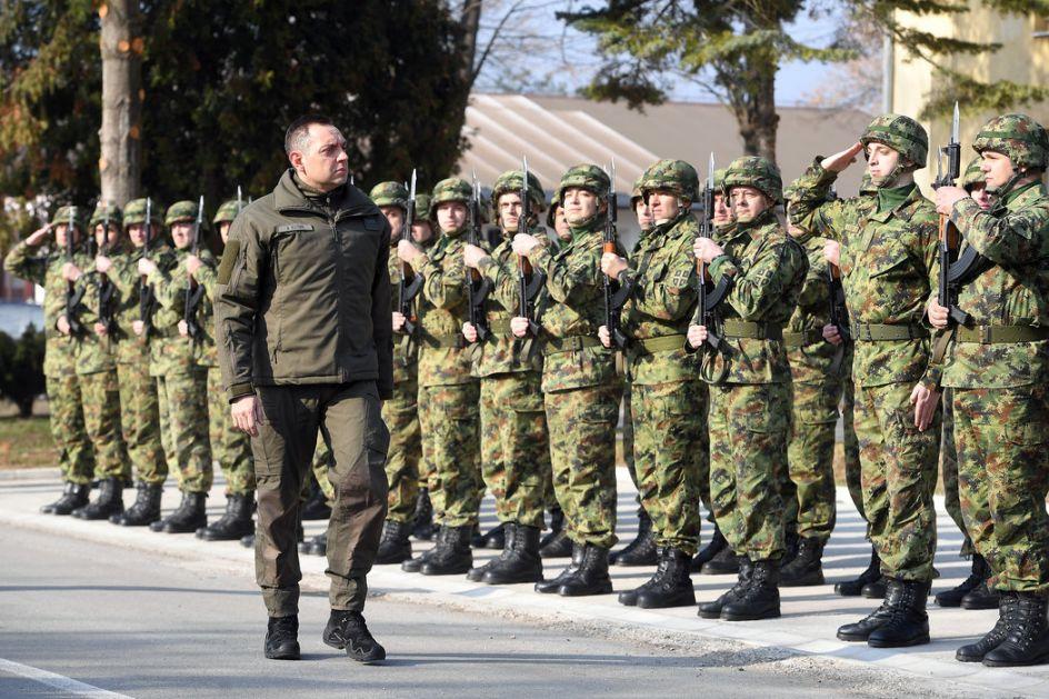 Vulin: Vojska Srbije svakim danom sve jača