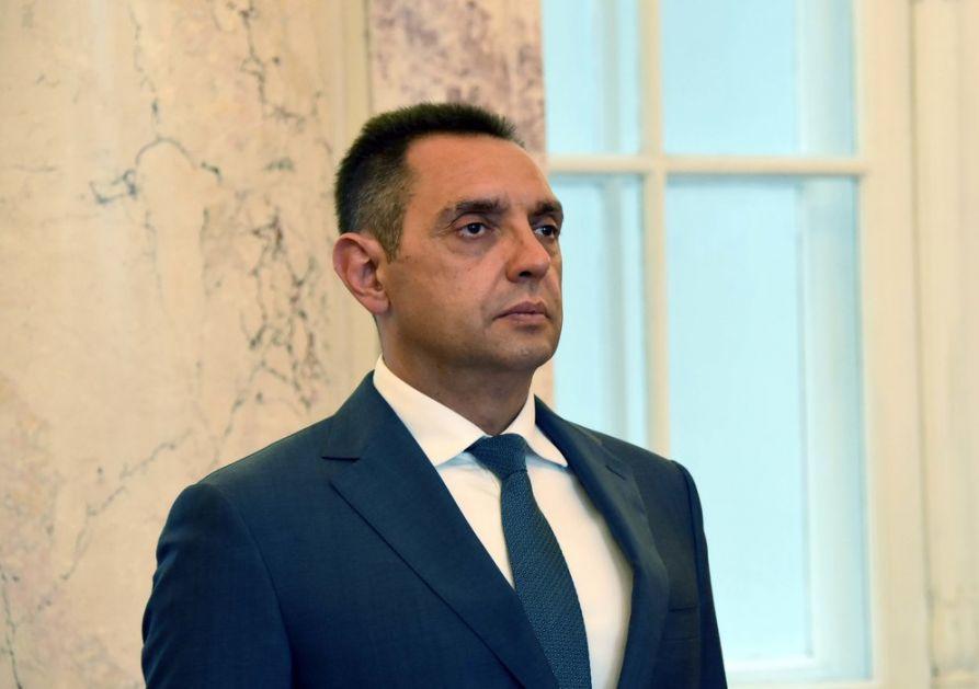 Vulin čestitao predsedniku Vučiću Dan Vojske