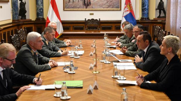 Vulin razgovarao sa načelnikom Generalštaba austrijske vojske